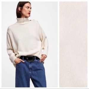 NWT. Zara Ivory Turtleneck Sweater. Size S.
